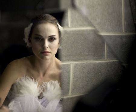 """""""Black Swan"""" is kind of like """"Burlesque"""" – except there's no burlesque"""