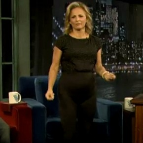 Amy Sedaris Shows No Panty Lines on Late Night with Jimmy Fallon