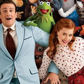 The Muppets attempt to reach bazillion fans on Facebook