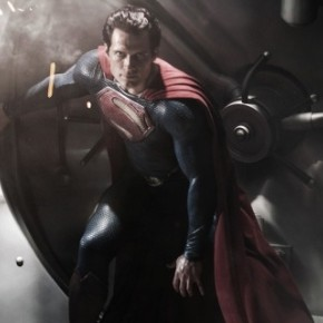 Finer Feed: Henry Cavill Dons the &#039;Superman&#039; Cape, Megan Fox gets her own island, Liz Lemon talks shit