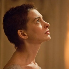 Watch Anne Hathaway Sing and Cry in the New 'Les Miserables' Trailer