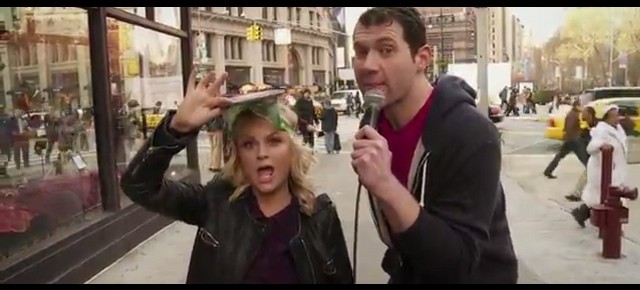 Billy Eichner Plays America's Favorite New Game: 'Amy Poehler not Pitbull'