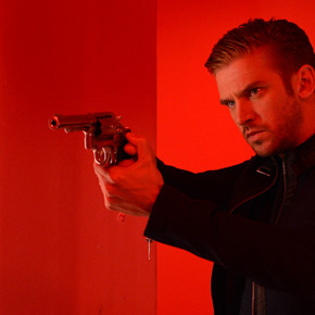 Matthew Crawley From 'Downton Abbey' is Polite, Handsome and Crazy in New Trailer for 'The Guest'